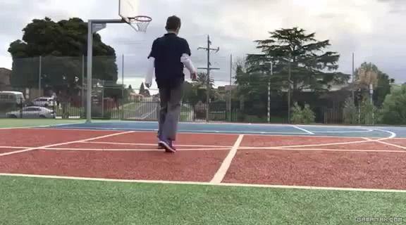 image accident-voiture-joue-basket