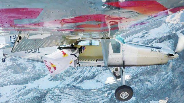image rentrer-avion-vol-wingsuit
