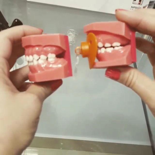 image comment-tetine-deforme-dents-enfants