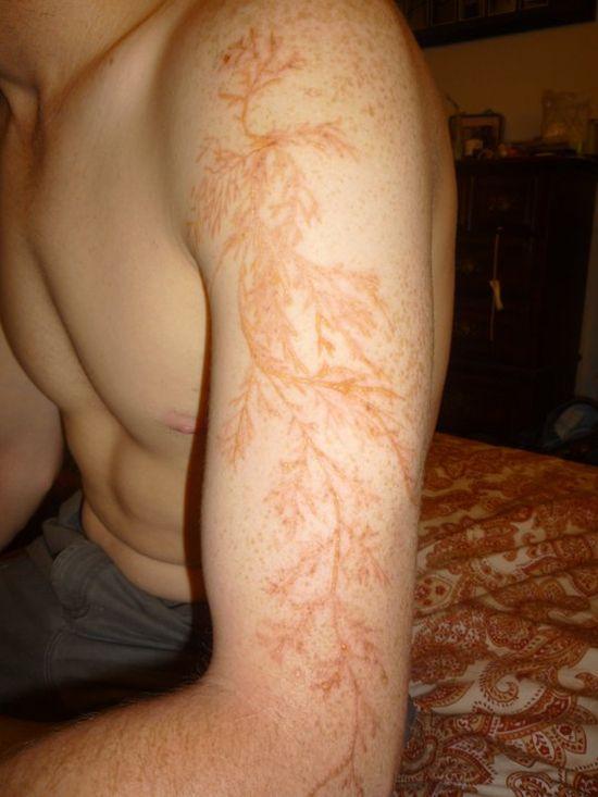 bras-tatoue-eclair-04