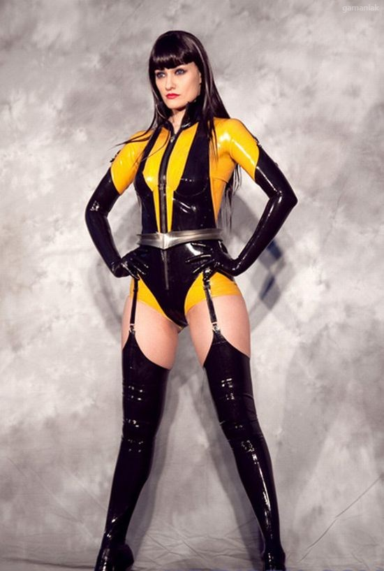 cosplay-latex-01