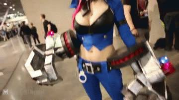 gifs-cosplay-sexy-09