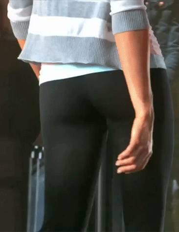 gifs-filles-yoga-pants-18