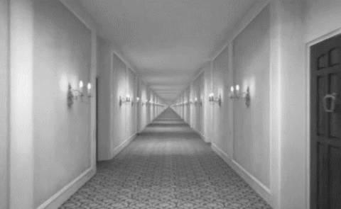 gif-couloir-sans-fin