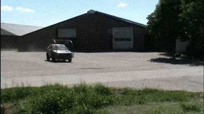salto-avant-voiture