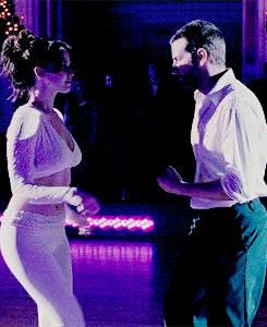 jennifer-lawrence-belly-dance