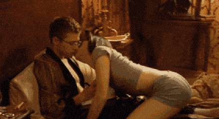 scene-sexuelle-dirigee-par-michael-bay
