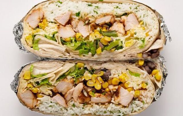 sandwich-chipotle-burrito-coupe-2