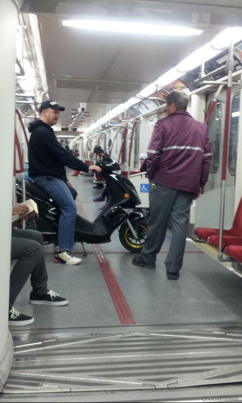 scooter-dans-metro