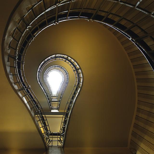 escaliers-lampe