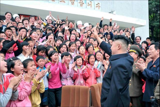 enfants-coreens-contents-voir-patron