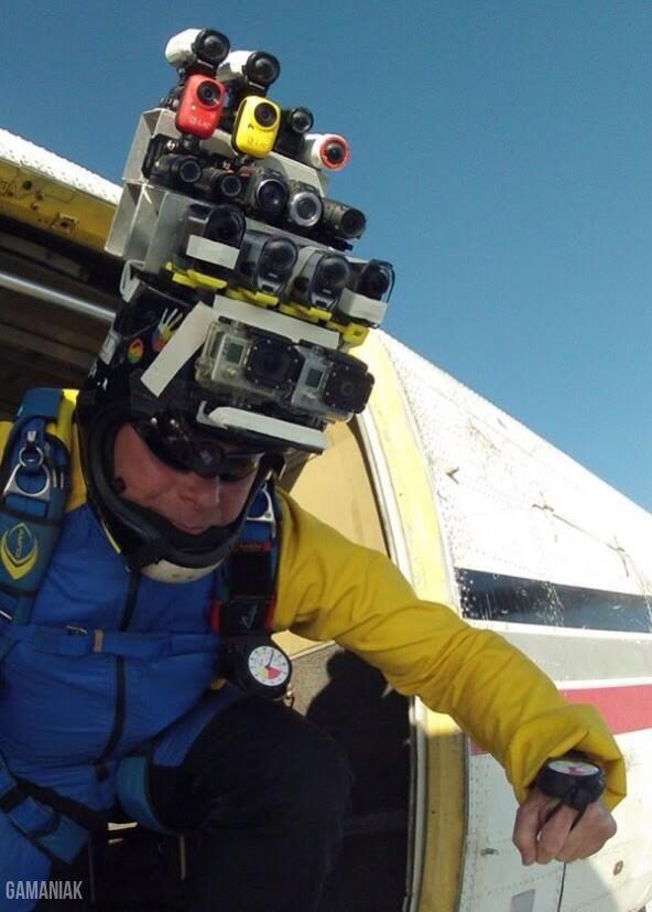 beaucoup-cameras-sur-tete-saut-parachute-avion