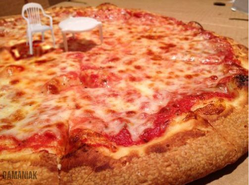 chaise-table-pizza