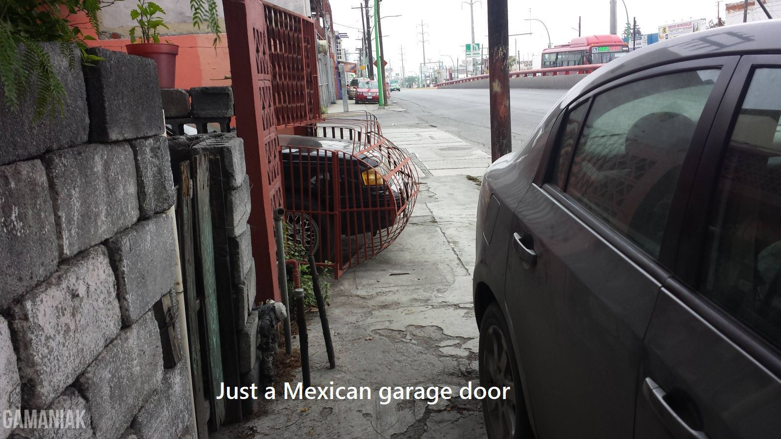 Porte de garage sur mesure for Porte garage sur mesure
