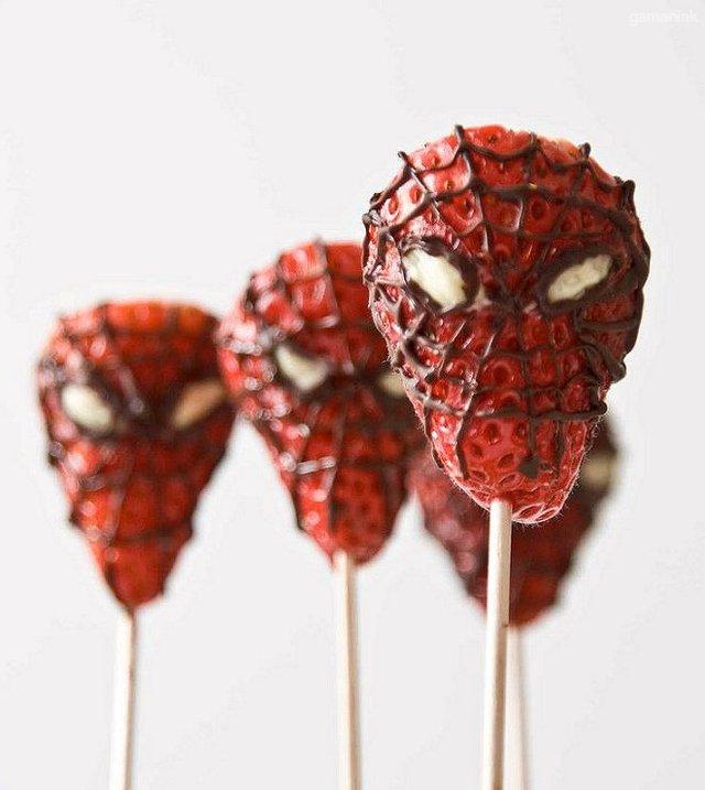 fraise-spiderman