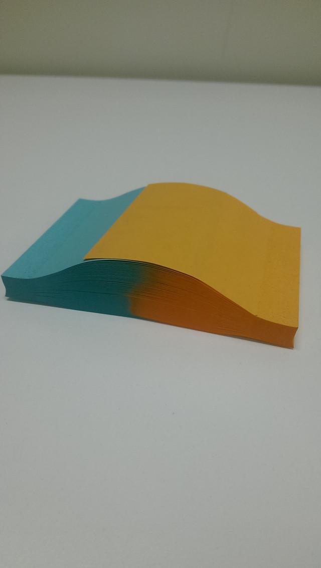 feuilles-postit-couleur-empilees