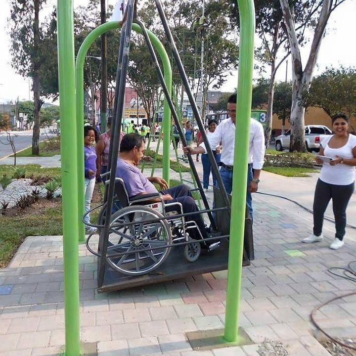 balan oire pour personnes en fauteuil roulant. Black Bedroom Furniture Sets. Home Design Ideas
