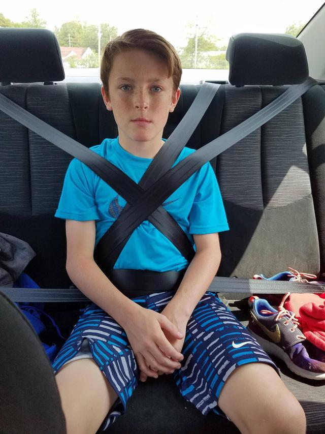 quand-ton-grand-frere-apprend-conduire