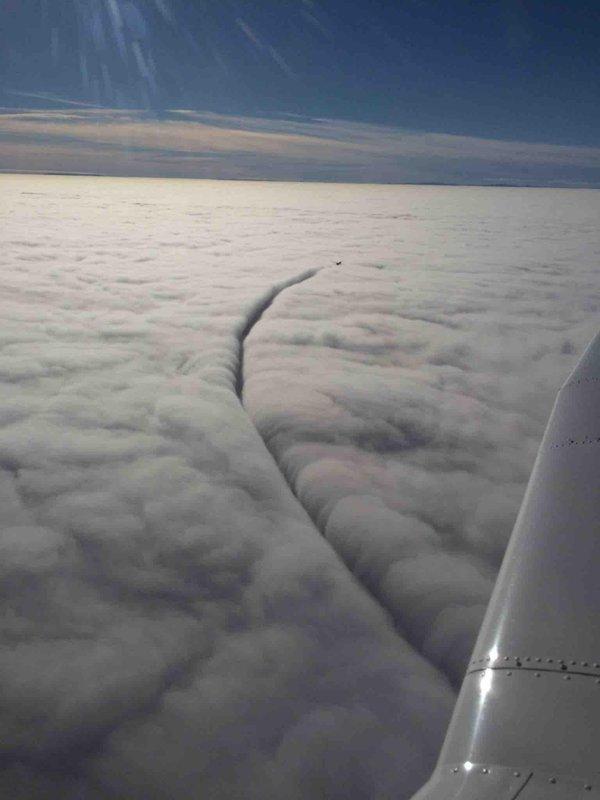 nuages-coupes-avion