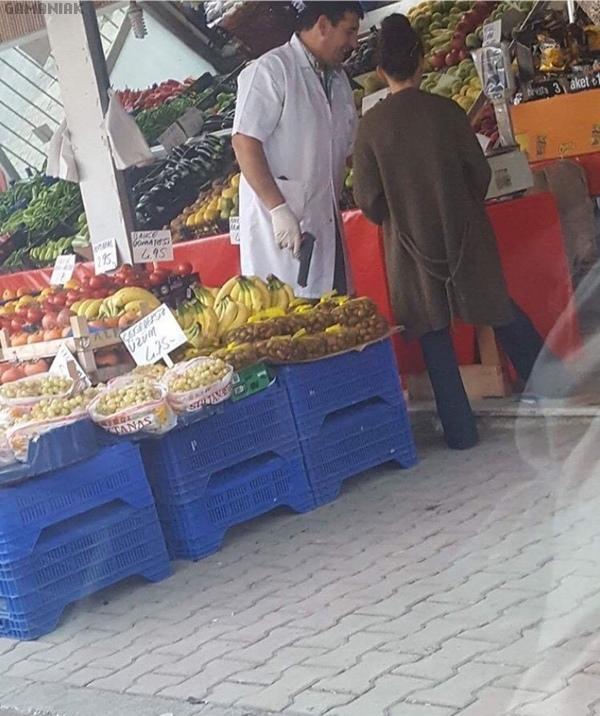 marchand-fruits-legumes-pistolet