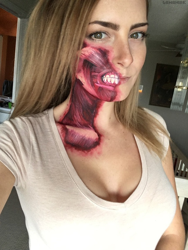 fille-maquillage-muscles-bouche