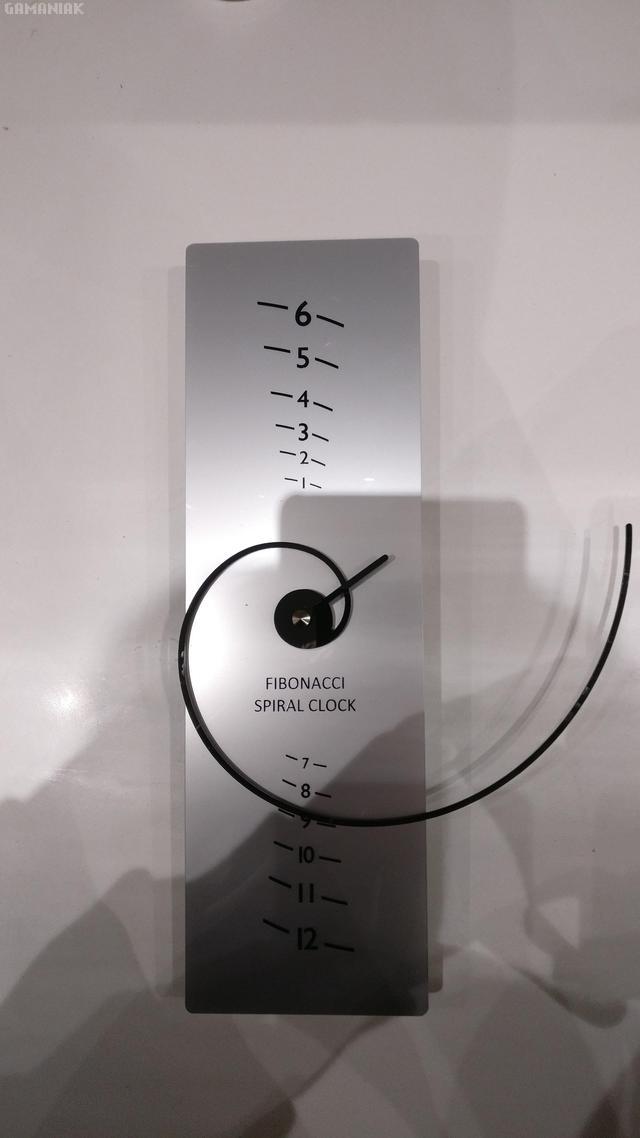 horloge-fibonacci-spirale