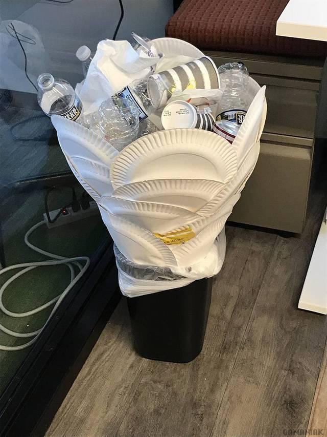bouquet-poubelle