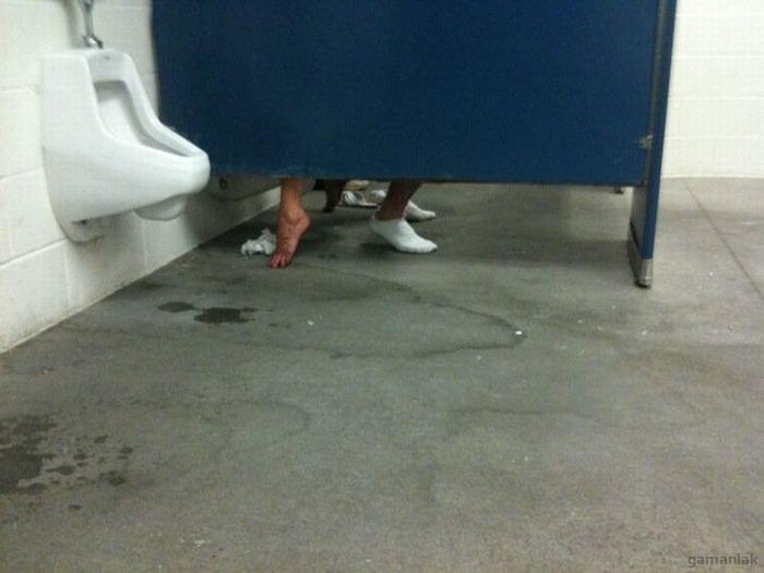 petit-plaisir-aux-toilettes