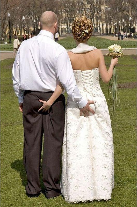 pincer-fesses-mariage