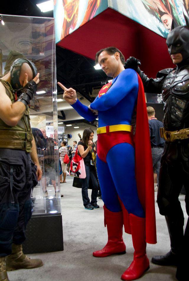 superman-qui-gronde-bane
