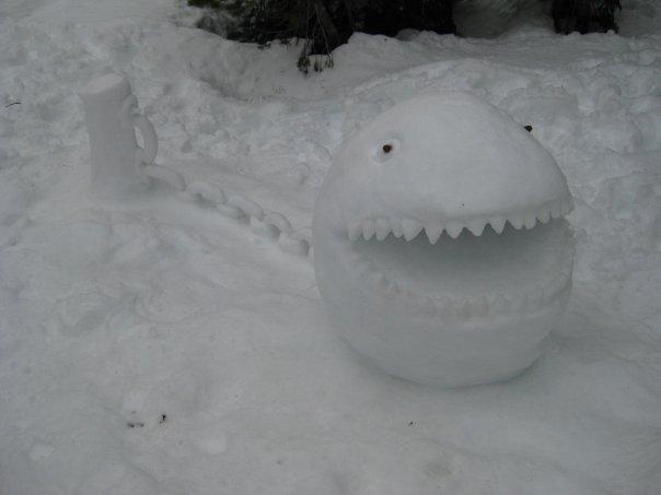 mechant-mario-bonhomme-neige