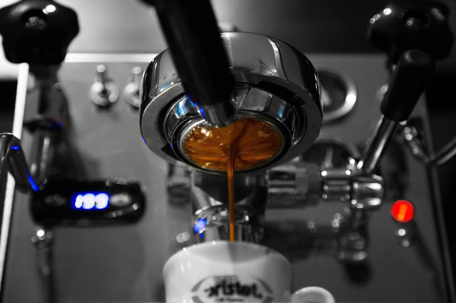 machine-cafe-vue-dessous