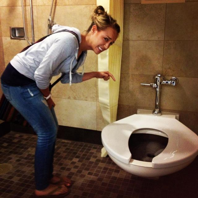 toilettes-pour-obeses
